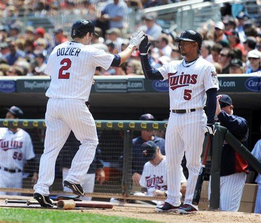 Diamond backed by 4 HRs, Twins rout Mariners