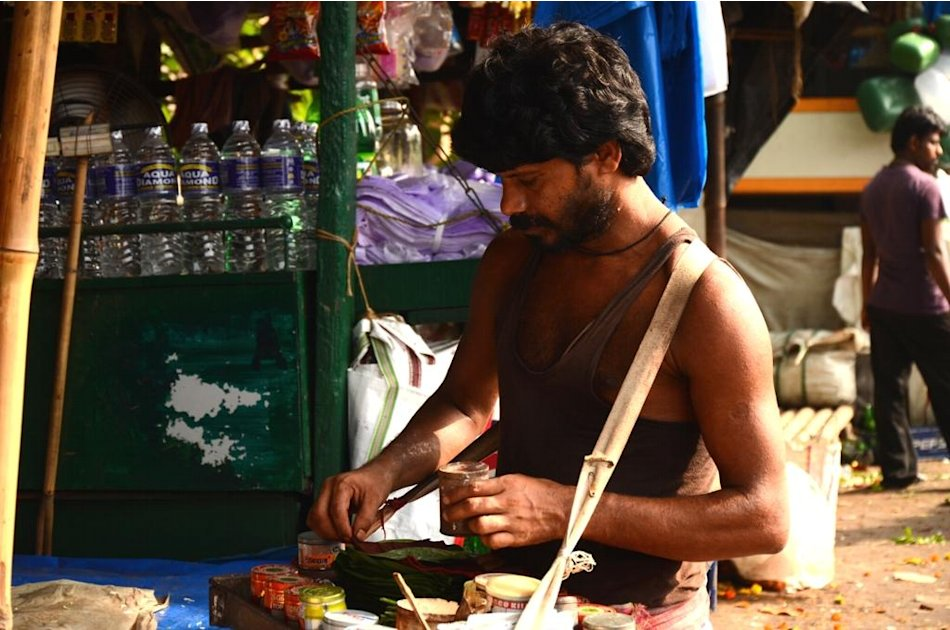Betelnut vendor, Kolkata