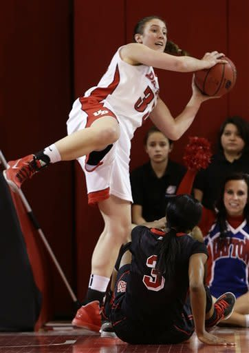Dayton women outlast St. John's 96-90 in double OT