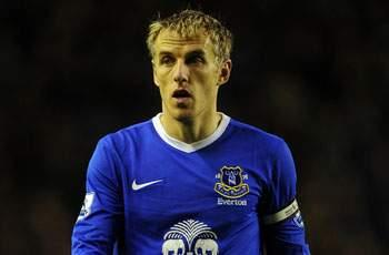 Phil Neville admits he wants to replace Moyes as Everton manager