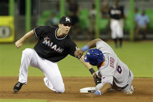 Turner sharp, Marlins beat Mets 5-1 to stop slide