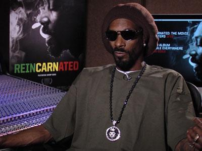 Snoop Dogg Embraces the Lion