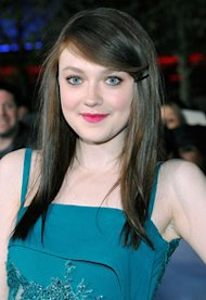 Dakota Fanning | Photo Credits: Eric Charbonneau/WireImage