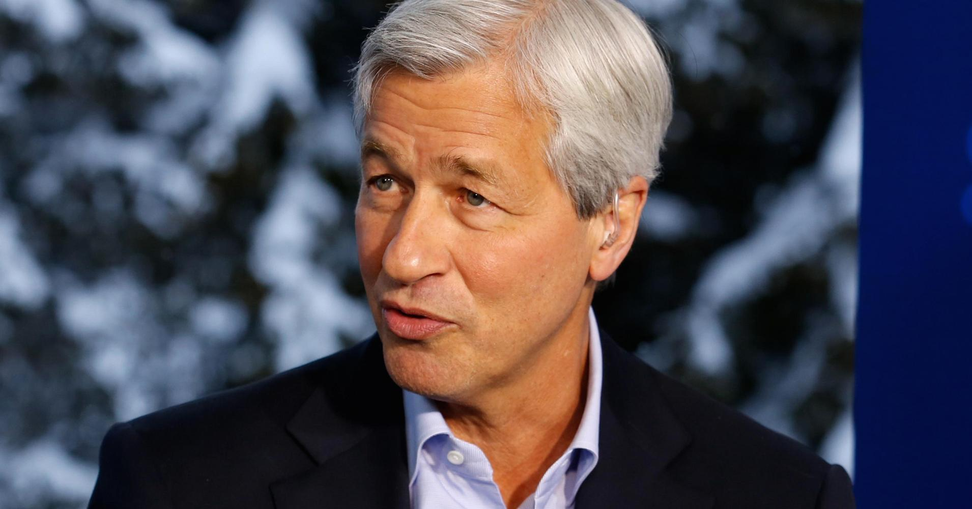 Dimon not the only bank exec buying back stock