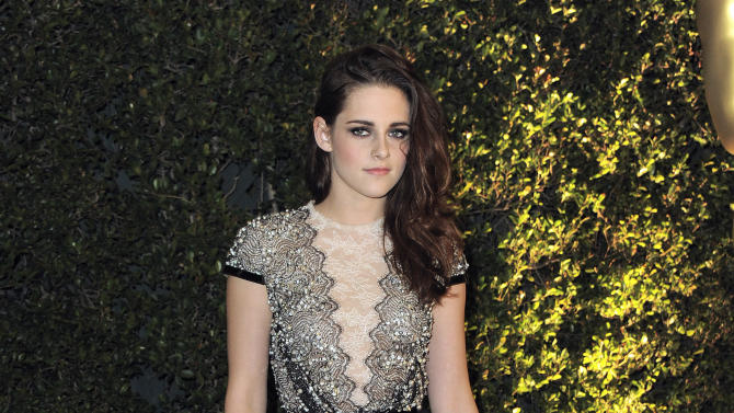 Kristen Stewart arrives at the 4th Annual Governors Awards at Hollywood and Highland Center's Ray Dolby Ballroom on Saturday, Dec. 1, 2012, in Los Angeles. (Photo by Jordan Strauss/Invision/AP)