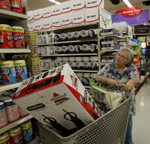 Wal-Mart tests same-day delivery for holidays