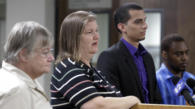 Members of the jury that heard the murder trial of former Bolingbrook police officer Drew Peterson from left, alternate juror, Patricia Timke, 68, Teresa Mathews, 49,  jury forman Eduardo Saldana, 22, and Jeremy Massey, 26, answer questions during a news conference, Friday, Sept. 7, 2012 in Joliet, Ill. The jurors convicted Peterson Thursday of murdering his third wife, Kathleen Savio. He faces a maximum 60-year prison term when sentenced on Nov. 26. Illinois has no death penalty. (AP Photo/M. Spencer Green)