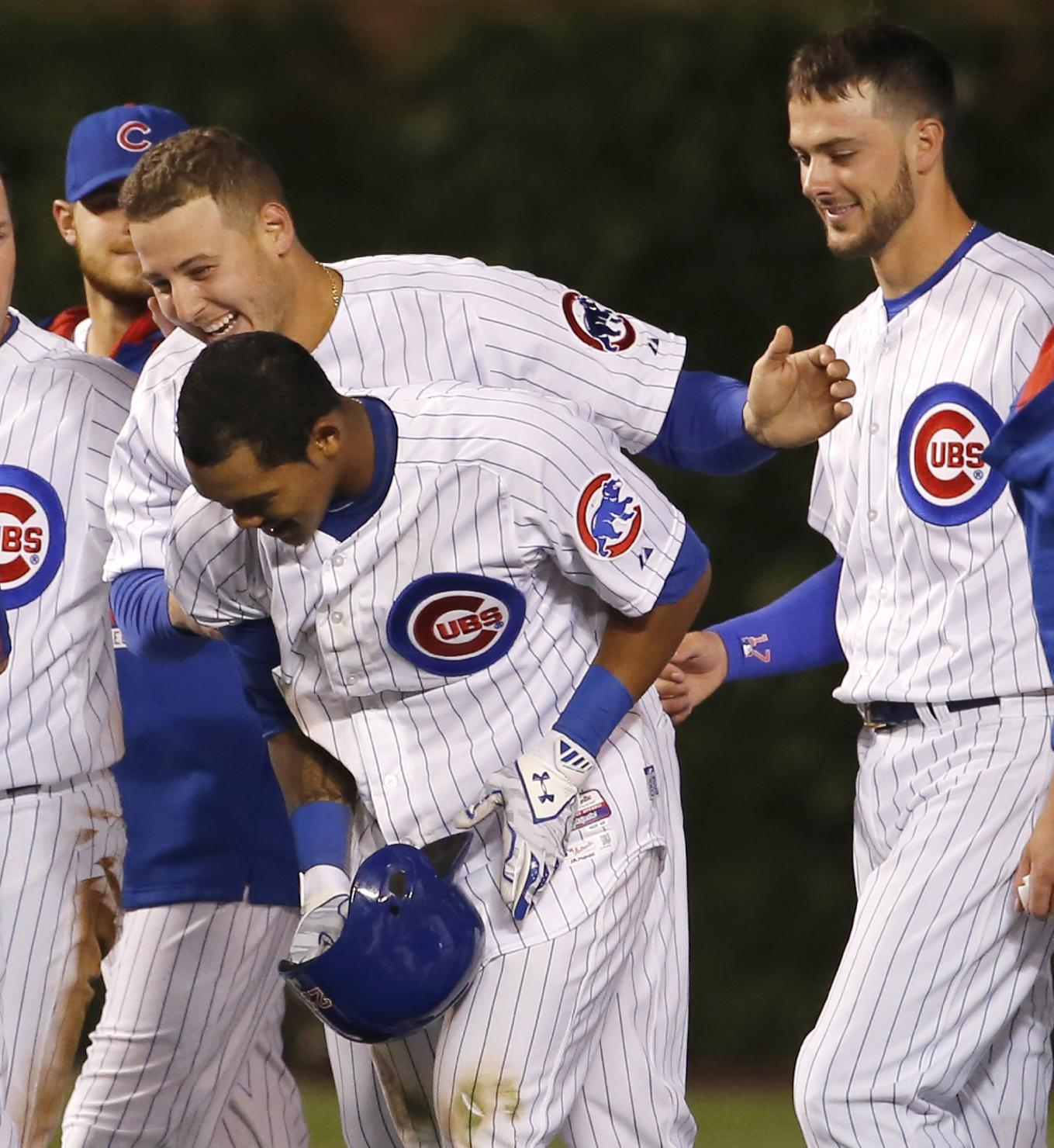Russell double gives Cubs 3-2 win over Nationals