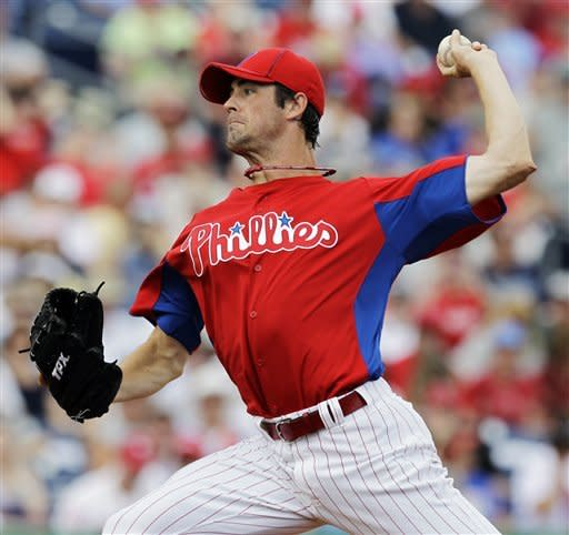 Hamels sharp for Phils, Longoria homers for Rays