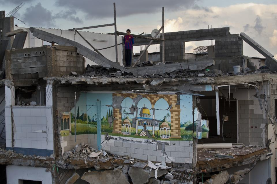 Gaza cease-fire raises hopes for reconstruction