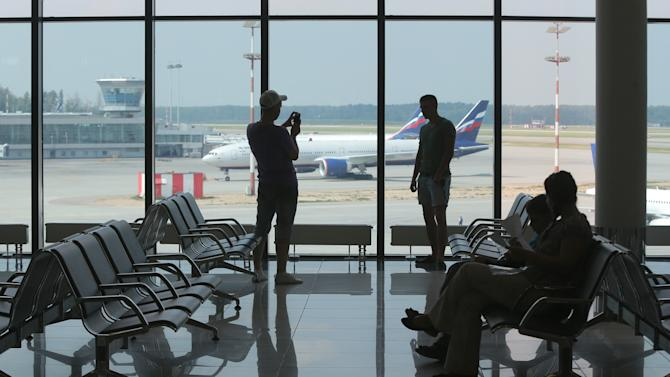 Snowden's limbo in purported airport hideout