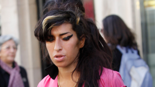 Amy Winehouse Scrubs the Rest of Her European Tour