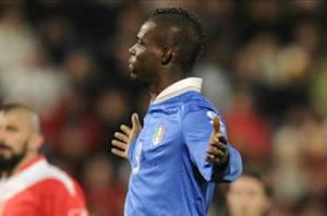 Malta 0-2 Italy: Balotelli double enough for challenged Azzurri