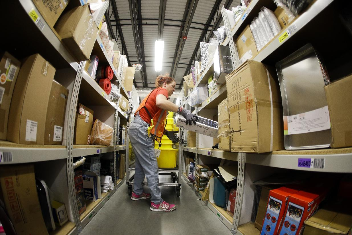More Retailers Offering Free Shipping on Online Orders