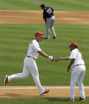 Lohse sharp as Cardinals beat Twins 9-2