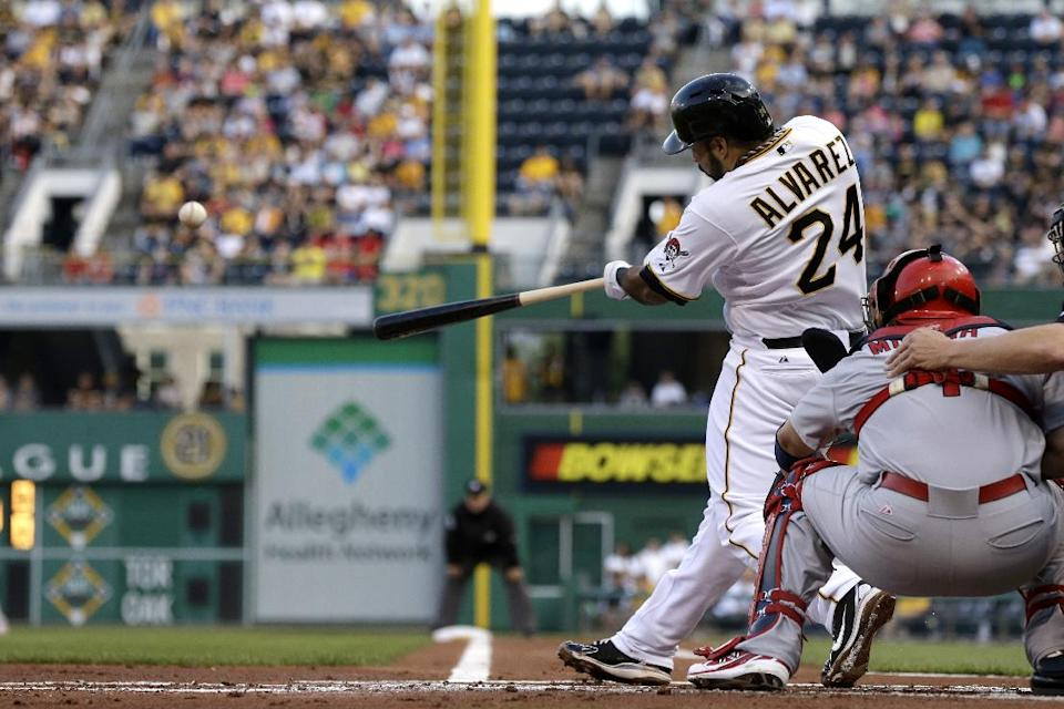 Liriano, Pirates crush Cardinals 9-2