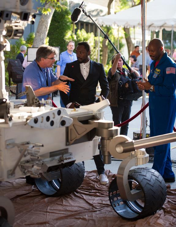 Mars Rover Belts Out Will.i.am Song From Red Planet in Cosmic First
