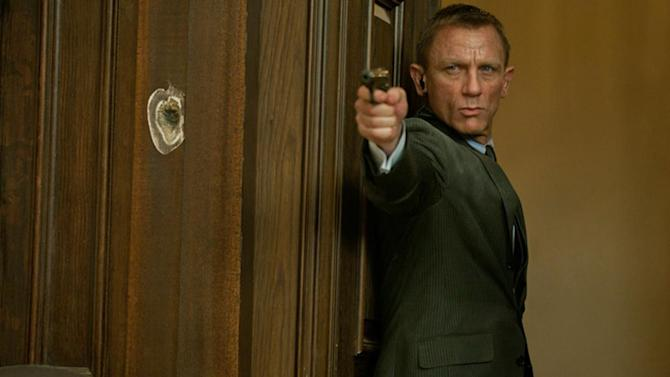 'Skyfall' review: Latest Bond film is captivating, completely satisfying