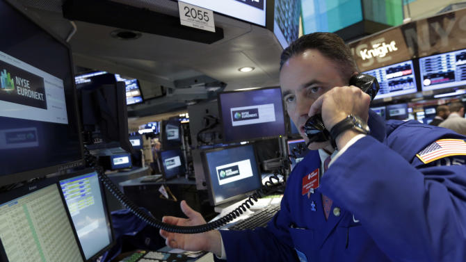 Stocks sink on economic worries; Dow off 138