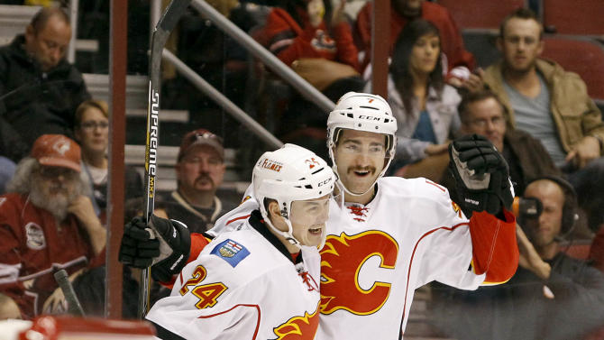 Ramo, Hudler, lead Flames past Coyotes 3-0