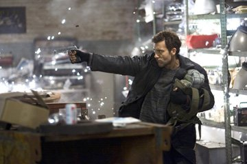 Clive Owen in New Line Cinema's Shoot 'Em Up