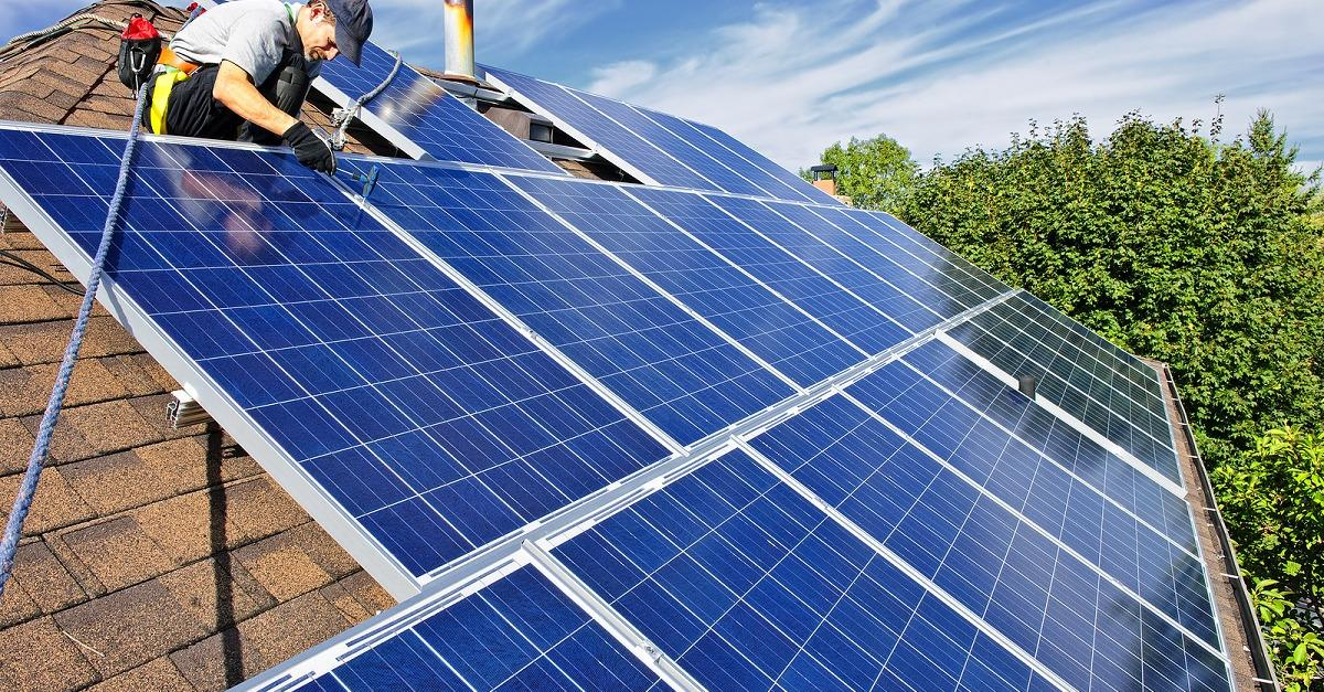 Get Qualified For Free Solar Panels: Apply Now!