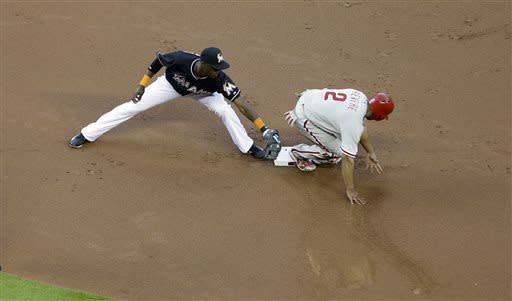 Utley triple in 10th leads Phils over Marlins 3-1