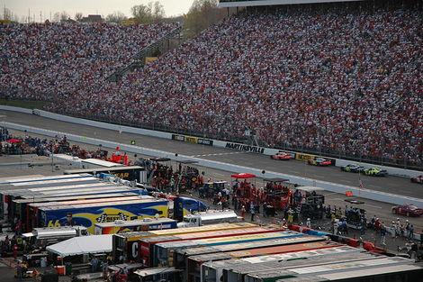 NASCAR Fan's Guide to Martinsville Speedway and the Goody's Fast Relief 500