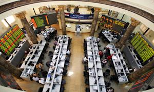 Egyptian stock market picks up after Coptic Christmas, postponed Morsi trial