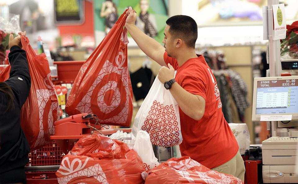 Target 4Q hurt by Canada investment, weak holiday