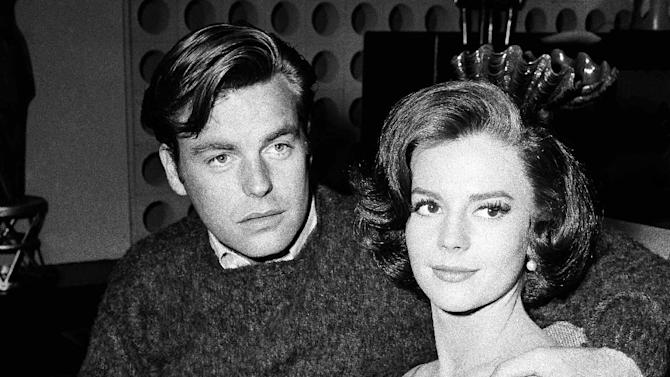 """FILE - In a Nov. 25, 1959 file photo, Natalie Wood and her husband Robert  Wagner are made up for their roles in """"All The Fine Young Cannibals,"""" in Los Angeles. Dennis Davern, captain of the yacht Splendour, which Wood was aboard at the time of her death, said on national TV Friday, Nov. 18, 2011 that he lied to investigators about Natalie Wood's mysterious death 30 years ago and blames the actress' husband at the time, Robert Wagner, for her drowning in the ocean off Southern California.  (AP Photo/DFS, File)"""