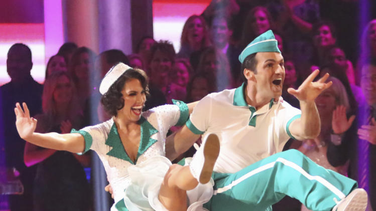 Melissa Rycroft and Tony Dovolani (10/15/12)