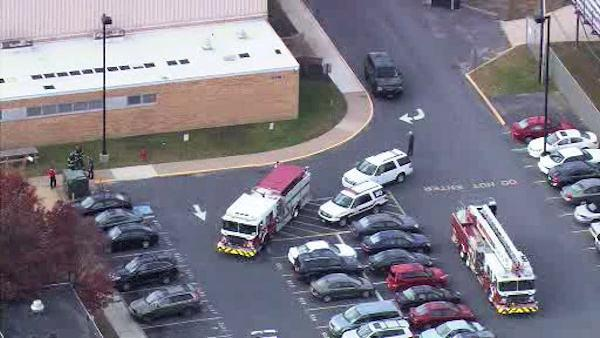 6 students, 1 teacher hurt in lab fire at NJ school