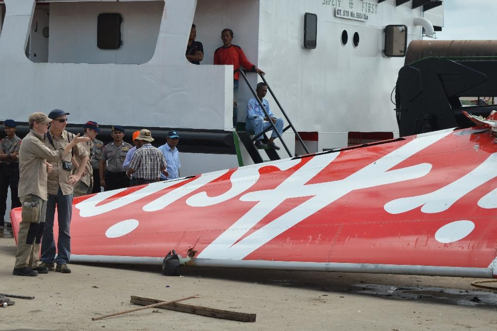 AirAsia crash due to faulty component, crew action: probe