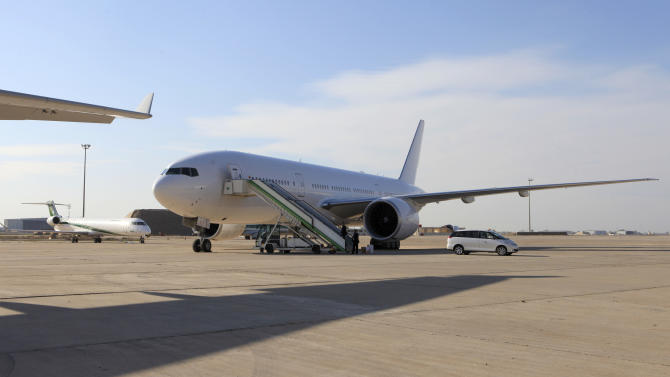 Boeing delivers first new jet to Iraq in decades