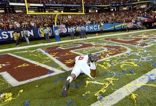 Alabama holds off Georgia 32-28, advances to Miami