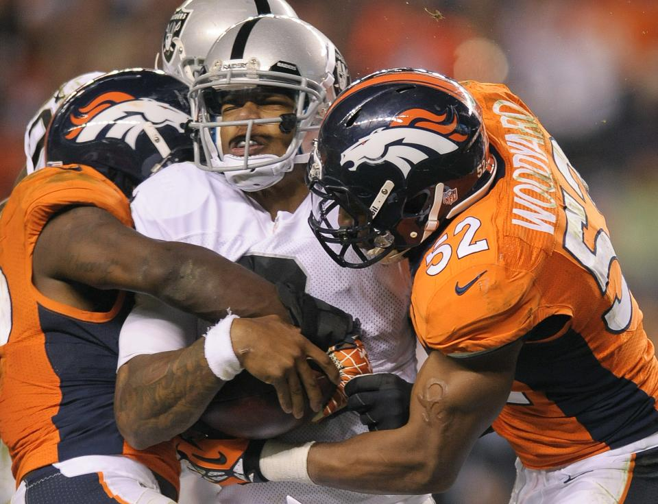 Concussion could sideline Pryor for Raiders