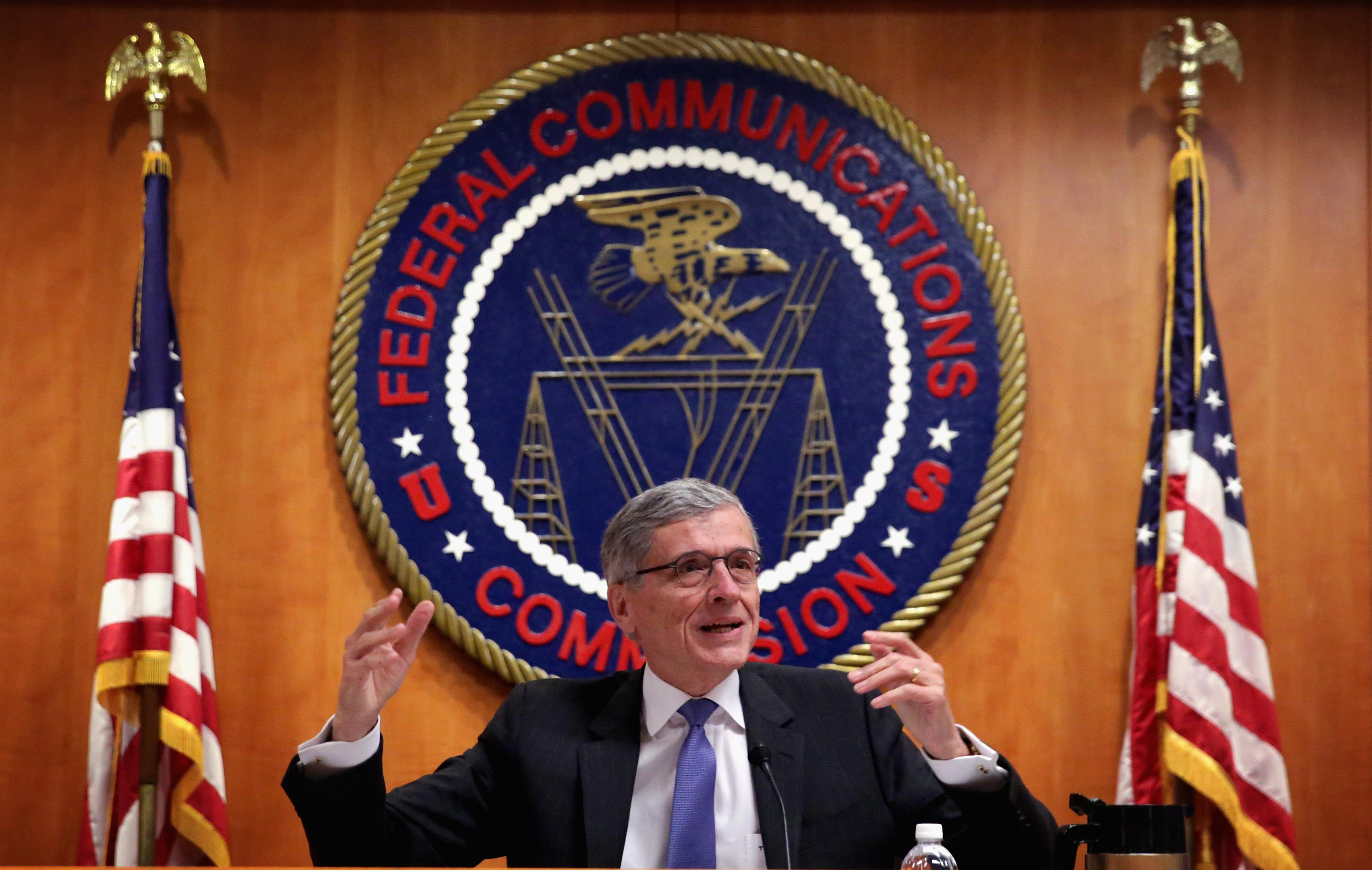 FCC Votes To Review Rules That It Says Help Broadcasters In Retrans Disputes