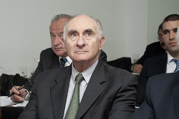 El ex presidente Fernando De la Ra, declar hoy en el juicio por presunto pago de sobornos a senadores en el 2000 para que aprobaran la reforma laboral