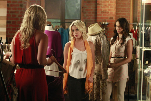 &quot;Pretty Little Liars&quot; - &quot;Single Fright Female&quot;: ASHLEY BENSON, TROIAN BELLISARIO