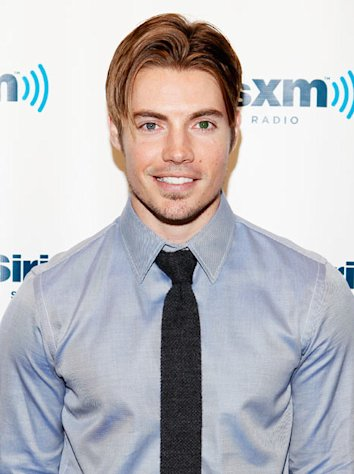 Dallas Star Josh Henderson Reveals His Dating Deal Breakers