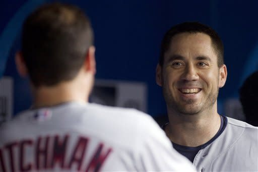 Hafner homer leads Indians past Blue Jays