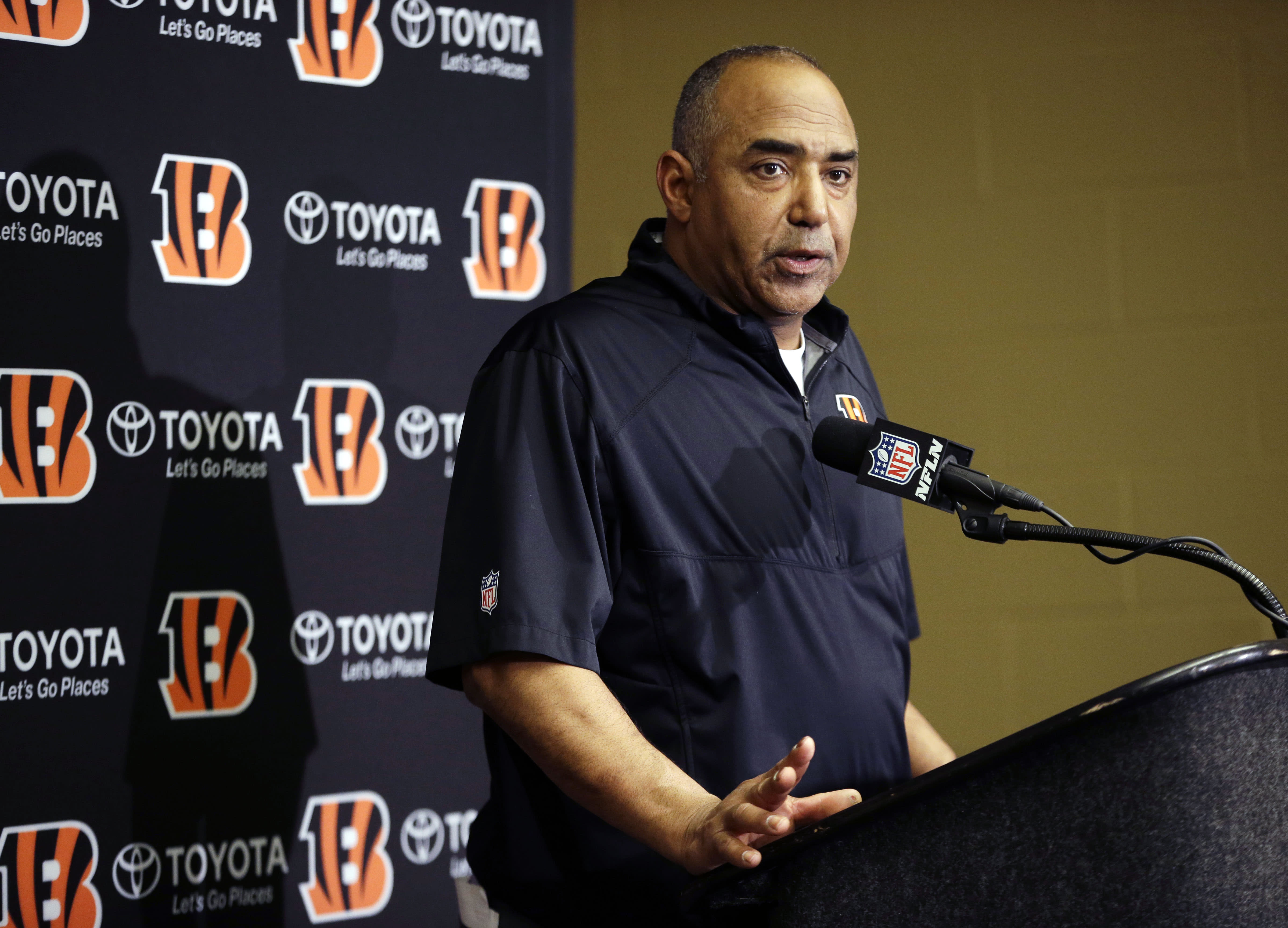 Bengals look for long-term help on their lines early on