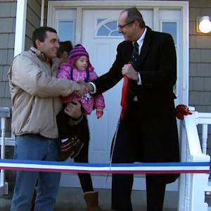 Volunteers build homes for Long Island vets