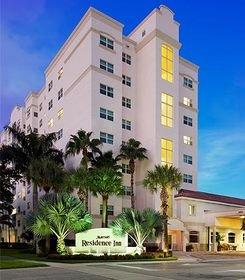 Aventura Hotel Welcomes New Senior Sales Manager