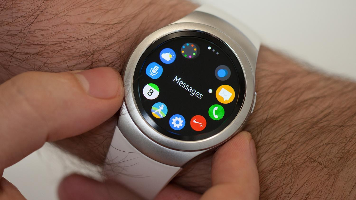 Samsung smartwatch sales are up 'several hundred percent' compared to last year