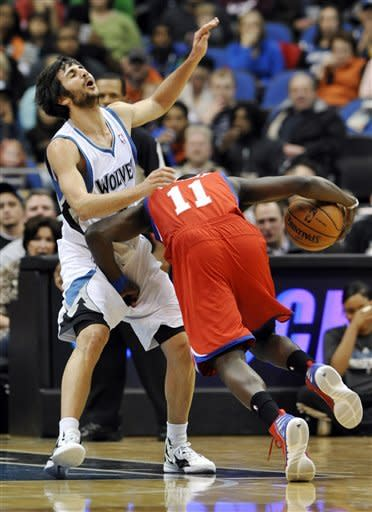 Love leads Wolves past 76ers with late FTs, 92-91