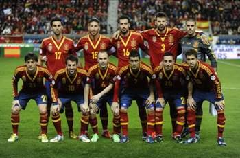 Spain 08-13 vs France 98-00 – which team is superior?