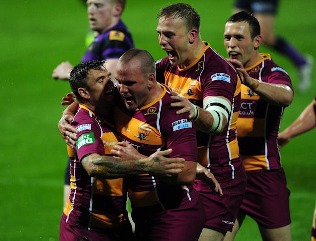 Rugby League - Super League - Elimination Play Off - Huddersfield Giants v Wigan Warriors - John Smith's Stadium