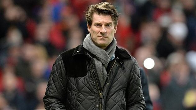 Swansea boss Michael Laudrup expects a tough game against Manchester United